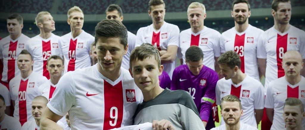 d7913e7c2 W nagrodę trenowali z reprezentacją Polski na Narodowym! | Playarena